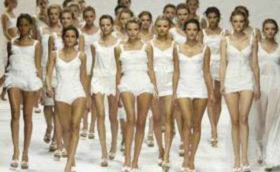 Normal_catwalk-models-1280x800