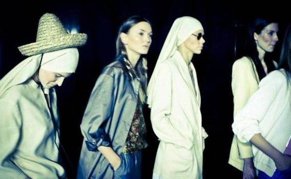 Normal_cyrille_gassiline_ss12_backstage_4